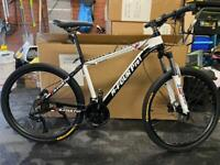 Brand new 27 speed 26 inch wheels mountain bike £299