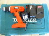 BLACK & DECKER 14,4 volt cordless drill