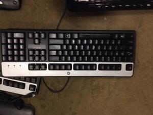 Computer KEYBOARDS + accessories for sale - very affordable / CLAVIERS d'ordinateur et accessoires usagés à vendre