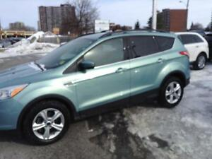 2013 Ford Escape SE - LEATHER - BLUETOOTH - HEATED FRONT SEATS -