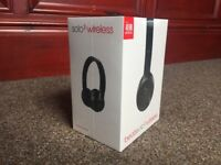 *******BEATS SOLO 3 WIRELESS HEADPHONES**********