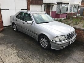 Mercedes C240 Elegance for sale : £699 ono...FULL MERCEDES SERVICE HISTORY