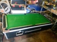 Slate bed pub pool table