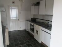 Room to rent in shared house in Romsey Centre.