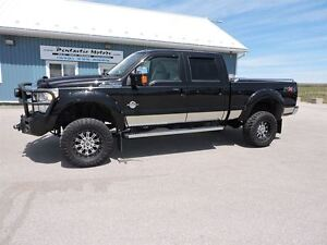 2011 Ford F-350 Lariat,DIESEL,CREW,4X4,ONLY 28,000KM!!!