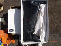 Quality Womens Leather Boots with tassles, Kurt giger, Only £10 Pair