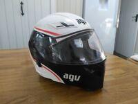 AVG 'Compact' Flip-front motorcycle helmet.