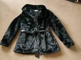 H&M faux fur BLACK size 14/16