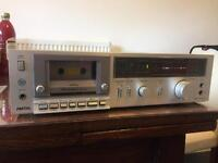 Technics M225 cassette player