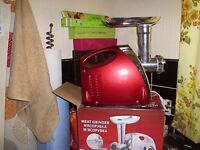 XMAS IS COMING MEAT GRINDER AND SAUSAGE MAKER