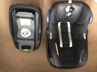 Maxi Cosy baby car seat and iso fix