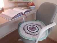 "Handmade Cotton Round Rug ""Pastel Season"""