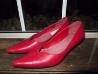 LADIES RED LEATHER UK SIZE 4