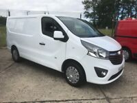 *** 2015 VAUXHALL VIVARO SPORTIVE CDTI ONLY 43000 MILES FROM NEW ! ***