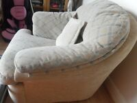 unwanted -3 PIECE CREAM DESIGN WASHABLE COVERS SOFAS