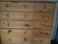 10 drawer chest of drawers.