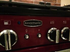 Two years old Cranberry Rangemaster 90 Professionl Plus in great condition with gas hobs