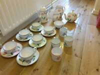Hinchcliff and Barber Full Tea Set 21 Piece Tulip Design Mint Condition Must See Selby