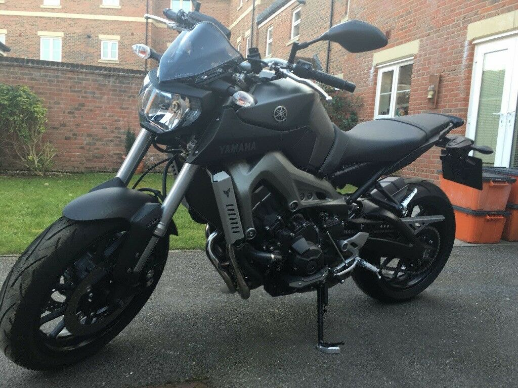YAMAHA MT09 ABS WITH JUST 158 MILES