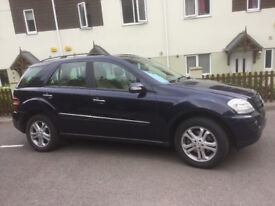 Well looked after super Mercedes-Benz 4 x 4 Cream leather interior in immaculate condition
