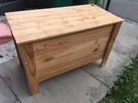 Toy box - well loved - to give away