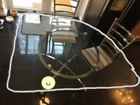 LOVELY HIGH QUALITY GLASS CORNER TABLE AND 2 CHAIRS