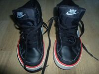 Nike - Hi Tops - Basketball - Trainer - Size UK 4 - Box not included - Mens - Boys - Womens - Girls