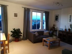 A nice room to rent in a spacious cosy flat in Highbury (N5)