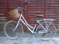 Victoria Peddlington White bike ladies bike