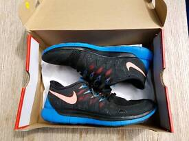 Nike free run 5.0 size 9uk
