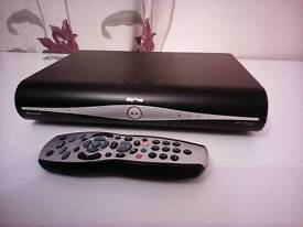 Sky +hd box and remote in good working order,no Sky card