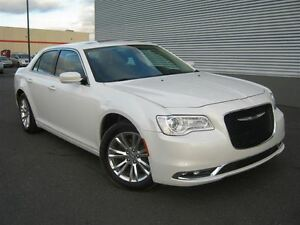 2016 Chrysler 300 LIMITED==TOIT==CUIR