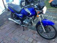 Suzuki EN 125 in very good condition