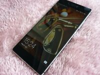 Huawei P8 - 16GB - Black/Silver(Unlocked) - Full size version - Excellent cond