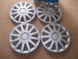 """New Auto care 16"""" wheel cover set"""