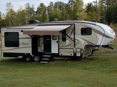 2017 Keystone Cougar X-lite 28SGS 5th Fifth Wheel Camper Trailer RV 3 slides
