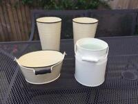 4 metal containers