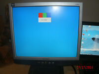 "monitor toshiba 17"" just a tenner"