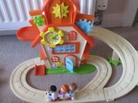 Tickety-Toc play house with all figures