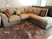 New/ex-display** Quality fabric corner sofa