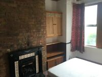2 BED GROUND FLOOR FLAT, LESS THEN 5MINS AWAY FROM LEYTON UNDERGROUND STATION