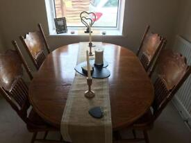 Table and 4 chairs *perfect upcycle project*