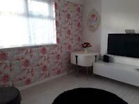 2 BEDROOM FLAT IN GRANGETOWN. LOOKING FOR 2/3 BEDROOM HOUSE IN CARDIFF OR VALE OF GLAMORGAN