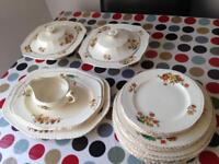 Alfred Meakin dinner service from 1930-39 (Art Deco)