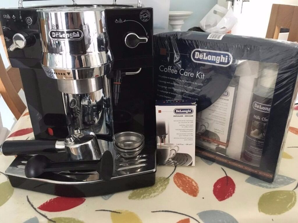 DELONGHI EC820 Coffee MachineBlackin Port Seton, East LothianGumtree - DELONGHI EC 820.B Coffee Machine Black hardly used, got descaler kit and care kit with. Worth £250 new! Tank capacity 1 litre 15 bar pressure Ground & pod coffee Milk frother This stylish black DeLonghi EC 820.B Coffee Machine makes delicious...