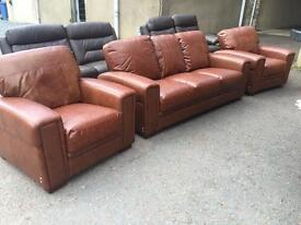 Ex-display**Quality tan leather 3+1+1 ONLY £699 -- BARGAIN!!!
