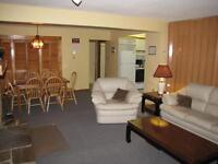 Chalet for 4 with private hot tub $210/night