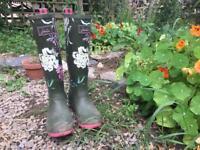 Joules green/flower wellies
