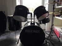 5 piece drum kit like new