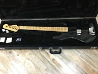 Fender 2011 Rodger Waters Signature Bass inc Fender Hard Case.